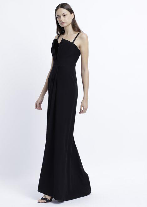 Длинное платье с жестким лифом с подкладкой и лакированными деталями