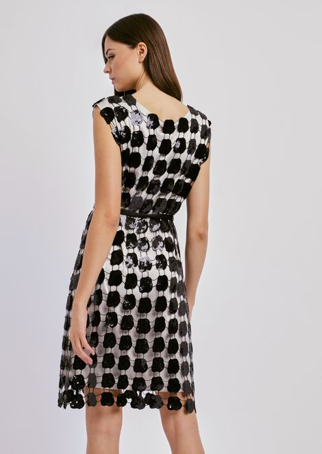 ドレス マクラメ スパンコールフラワー