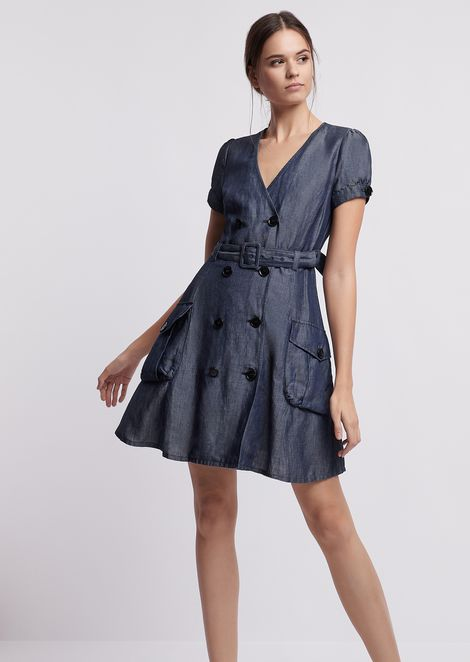 Dress in double-breasted denim with waist belt