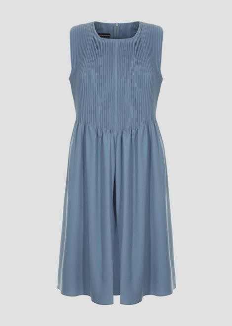 Flared dress in polyester with pleats
