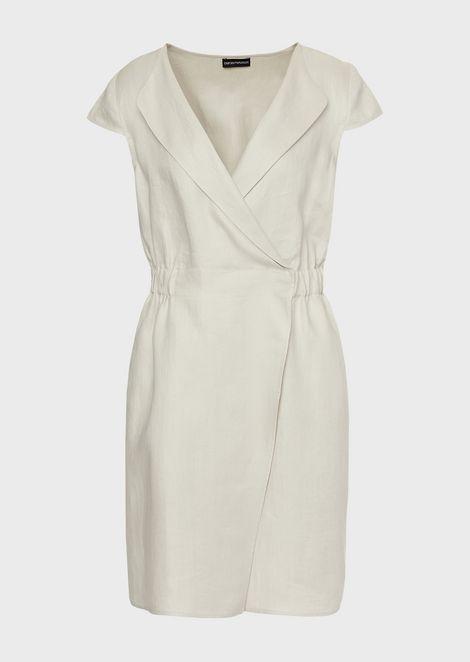 Платье из льняного габардина слацканами