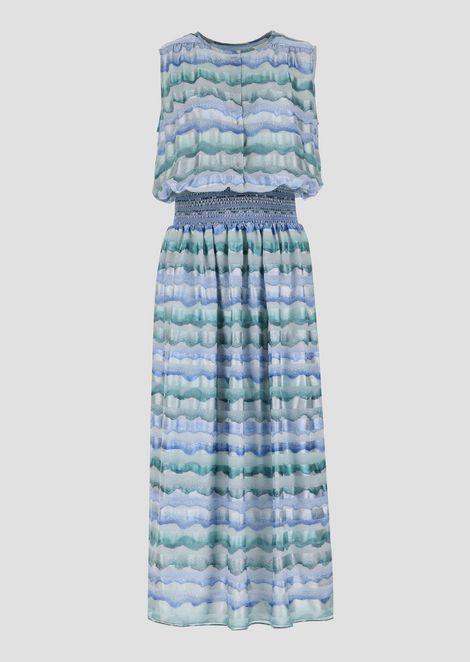 Long dress in pekin silk with wave print