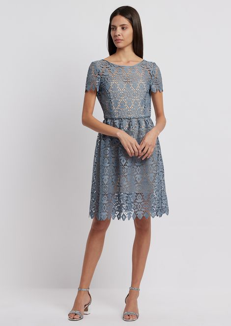 Dress in geometric macramé with contrasting petticoat