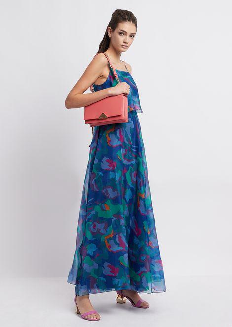 Платье из органзы скамуфляжным цветочным принтом