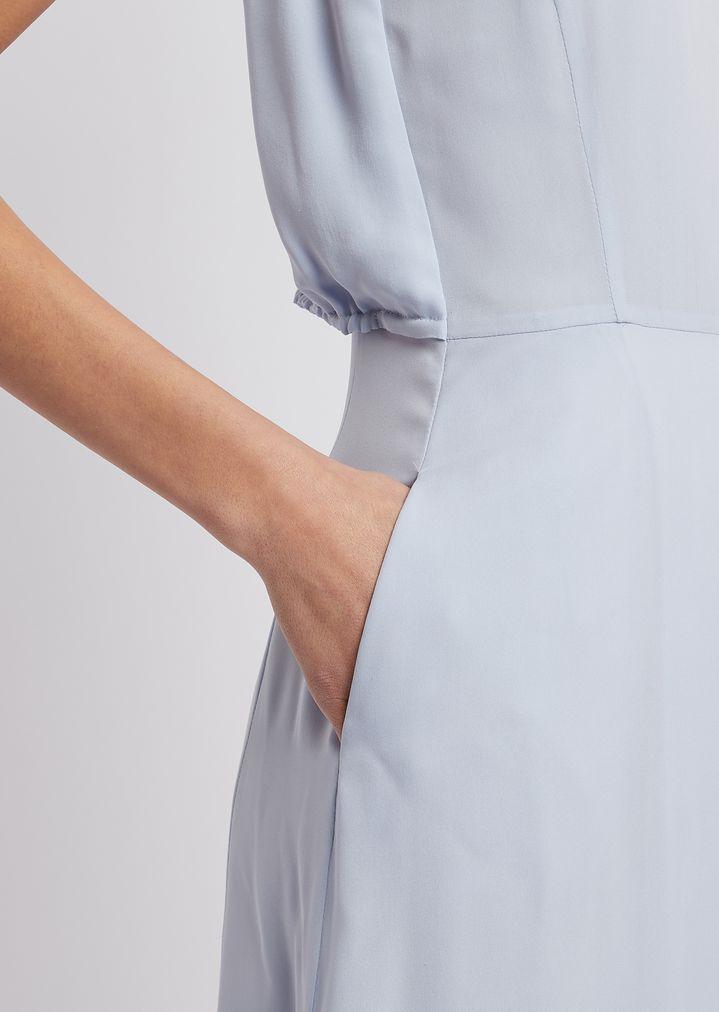 4004d2270 ... Vestido largo de crepé de seda con pliegue central. EMPORIO ARMANI