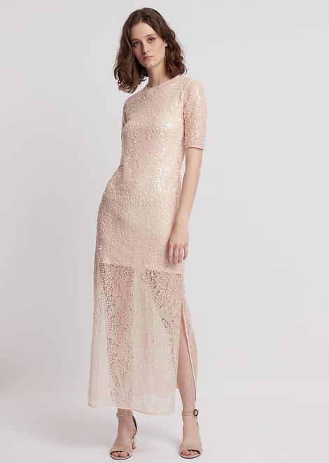 Vestido largo de lentejuelas con combinación