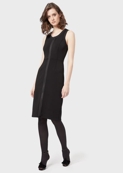 Crêpe tube dress with a full length zip at the front