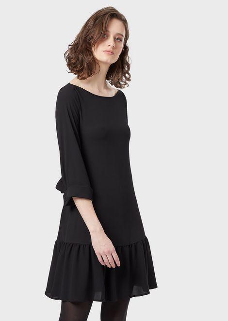 Crêpe dress with a flounce