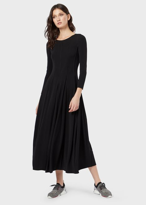 Long dress in opaque, stretch fabric