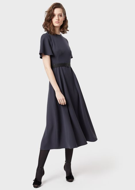 Short-sleeved, ruffled dress with belt
