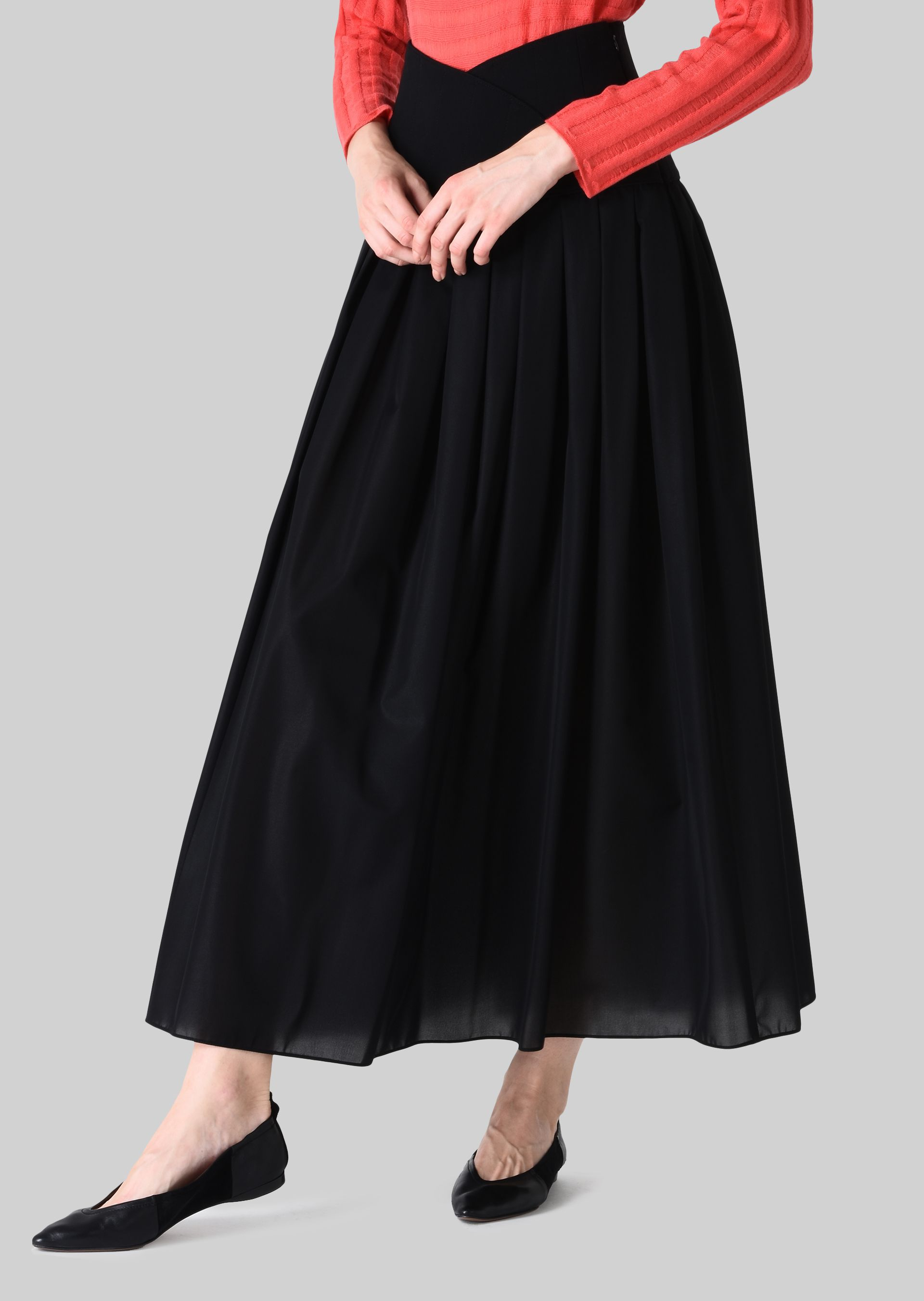 GIORGIO ARMANI LONG SKIRT IN TECHNICAL CRÊPE DE CHINE. Skirt D d