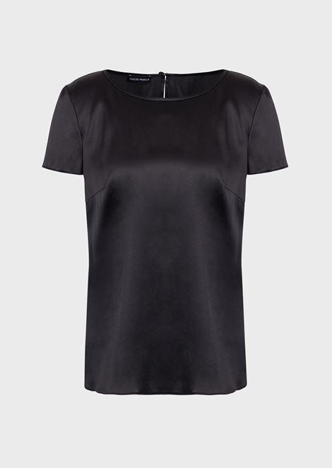 Blusa de raso de seda con cuello barco