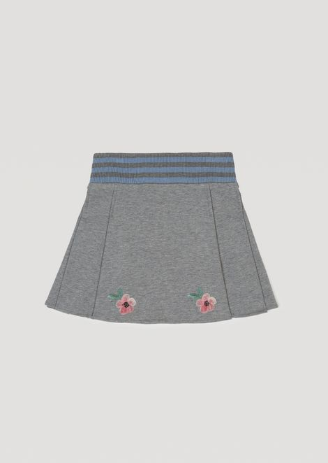 Stretch cotton skirt with floral embroidery