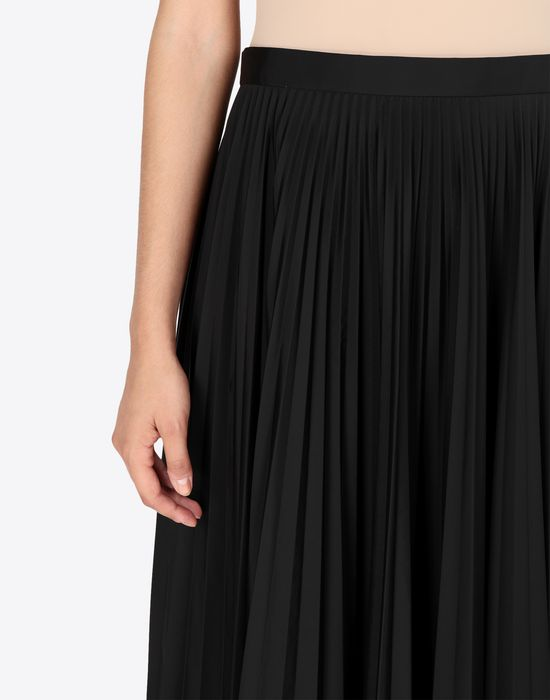 MAISON MARGIELA Long pleated skirt 3/4 length skirt [*** pickupInStoreShipping_info ***] a