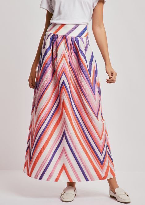 Maxi skirt in jacquard fabric with macro chevrons