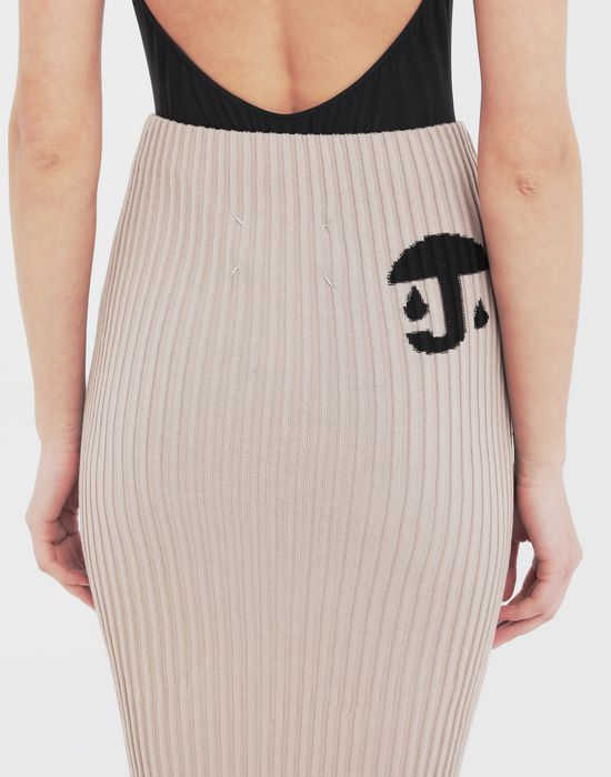 MAISON MARGIELA Knit ribs skirt in 'Carton' intarsia 3/4 length skirt [*** pickupInStoreShipping_info ***] b