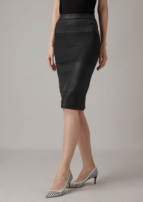Ottoman tube skirt with leather-effect laminate print