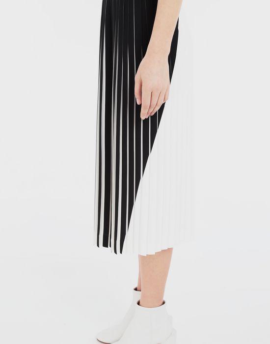 MAISON MARGIELA Two-tone pleated skirt  3/4 length skirt [*** pickupInStoreShipping_info ***] a