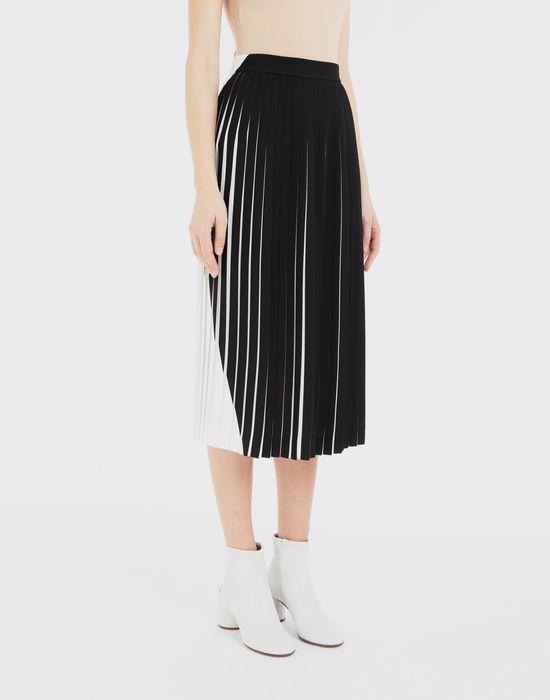 MAISON MARGIELA Two-tone pleated skirt  3/4 length skirt [*** pickupInStoreShipping_info ***] r