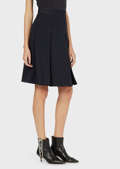 Godet skirt with textured jersey mesh details