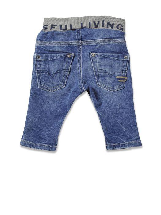 DIESEL PZATTOB Jeans U r
