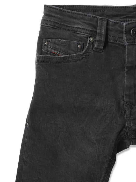 DIESEL THANAZ S-SLIM J Jeans U r