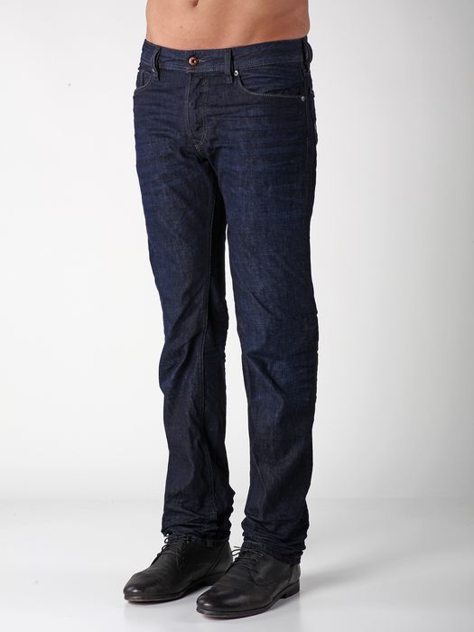 DIESEL WAYKEE 0823K REGULAR SLIM-STRAIGHT U a