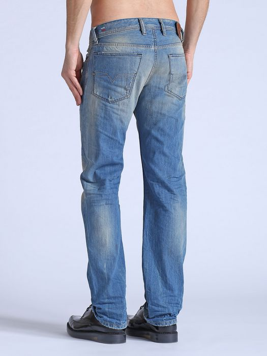 DIESEL WAYKEE 0822C REGULAR SLIM-STRAIGHT U d