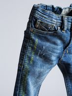 DIESEL SHIONER B D4B Jeans U a