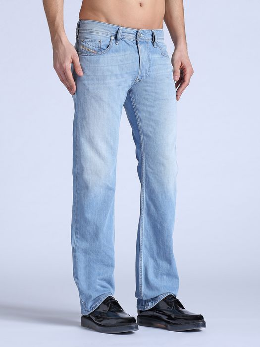 DIESEL LARKEE 0825Z REGULAR SLIM-STRAIGHT U a