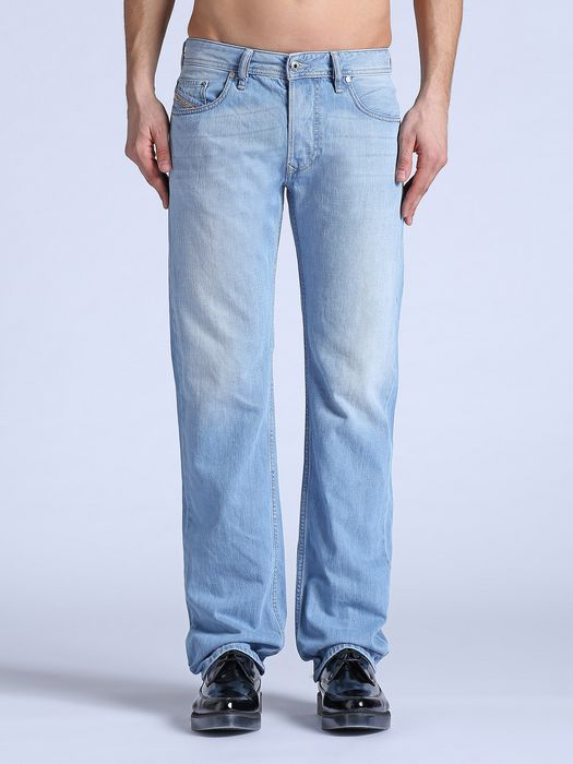 DIESEL LARKEE 0825Z REGULAR SLIM-STRAIGHT U e