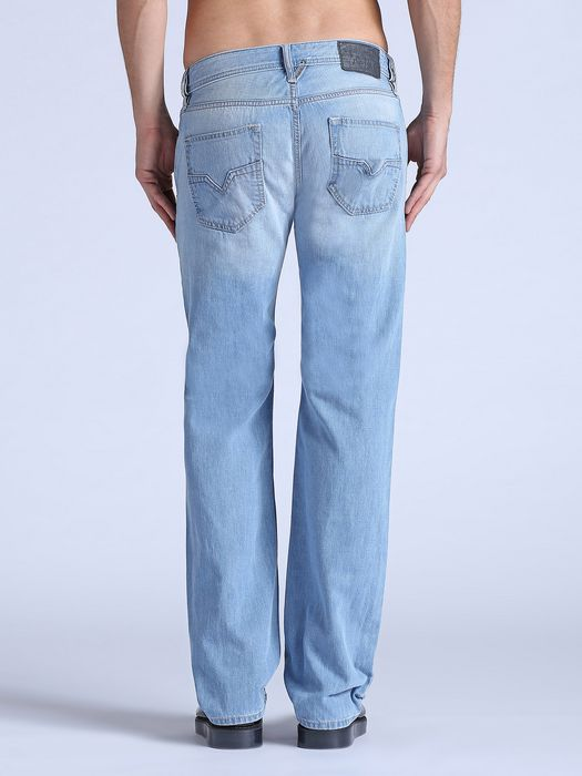 DIESEL LARKEE 0825Z REGULAR SLIM-STRAIGHT U r