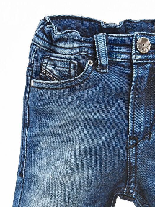DIESEL SHIONER B Jeans U a