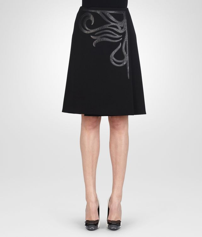 BOTTEGA VENETA NERO TECHNICAL CREPE SHINY LAMBSKIN SKIRT Skirt or trouser D fp