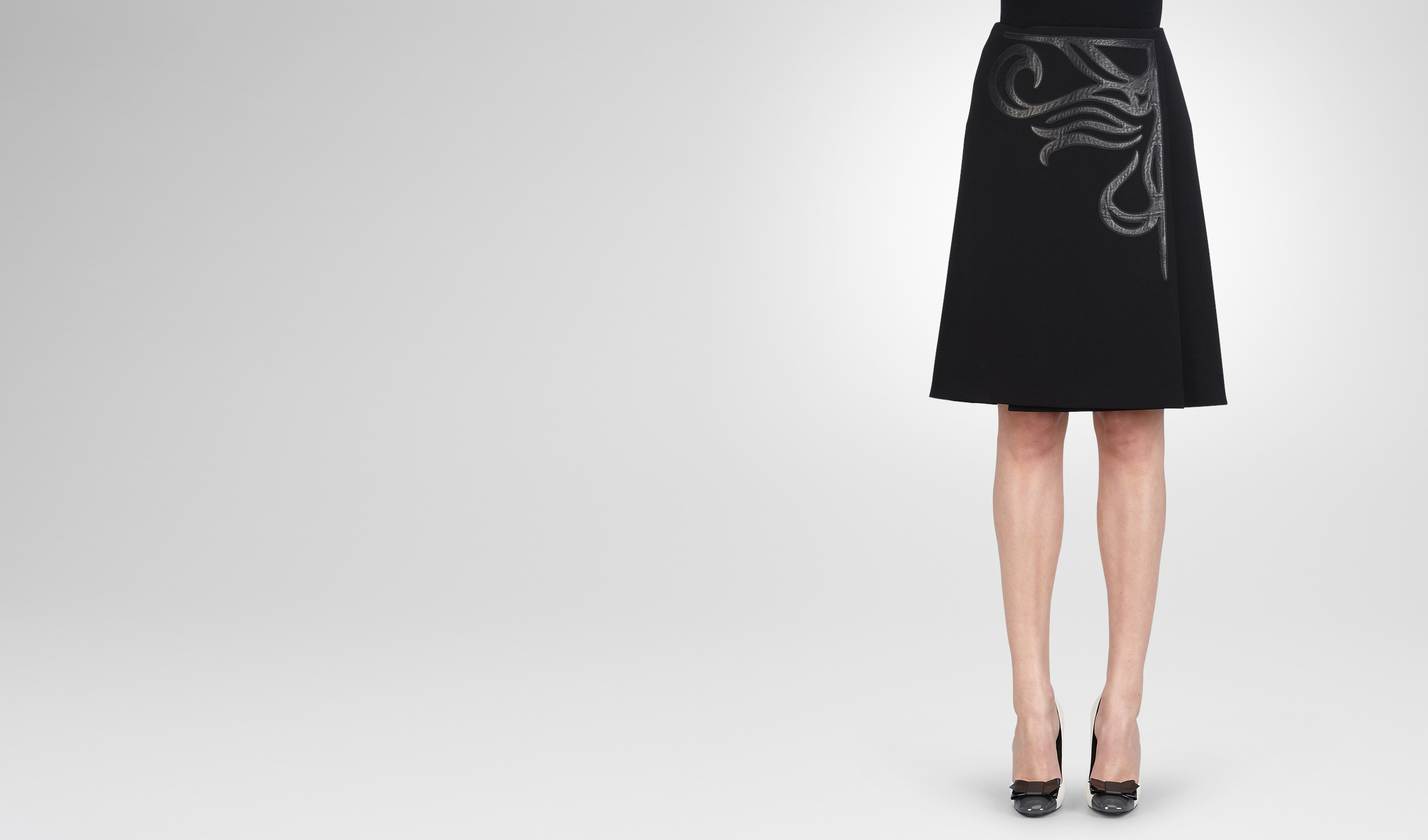 BOTTEGA VENETA Skirt or trouser D NERO TECHNICAL CREPE SHINY LAMBSKIN SKIRT pl
