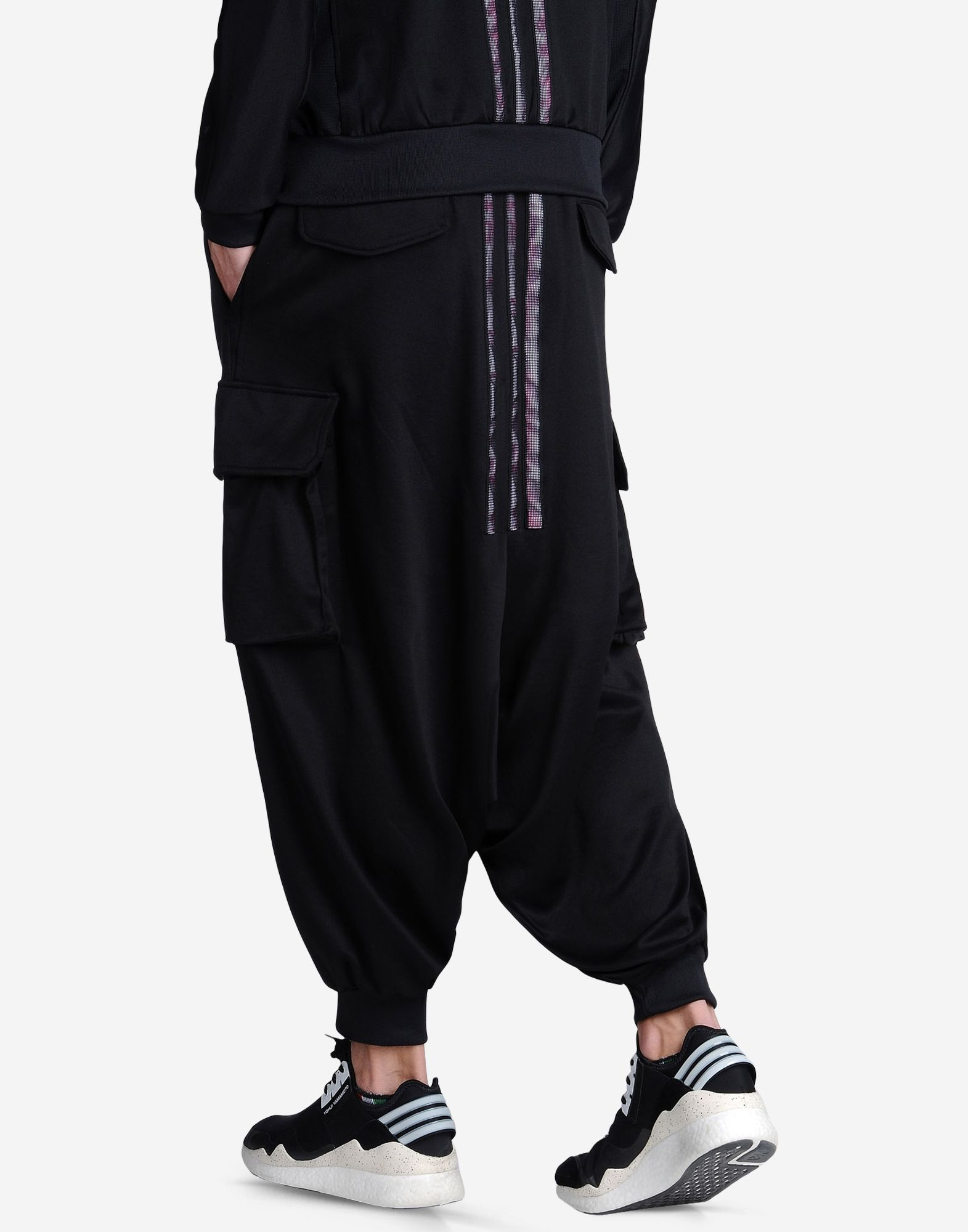 Harem pants for women and for men by FantaZia, Ethical Clothing since Be unique and ultra comfortable in our thick cotton harem pants for both men and women, perfect on cool days. And for quiet moments at home, discover our range of harem pants for men and women % pure Nepalese cotton.