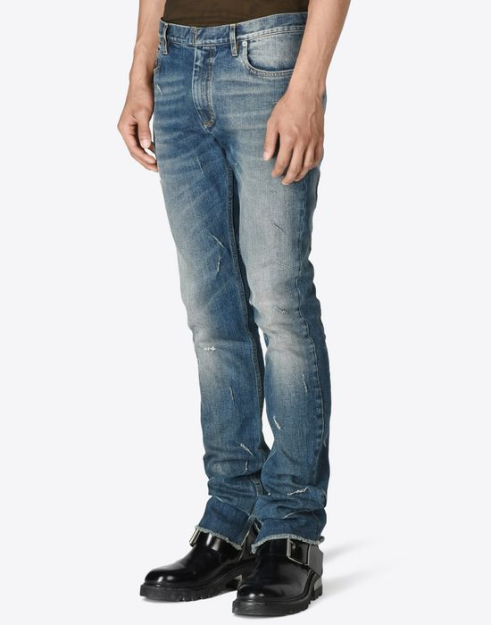 MAISON MARGIELA Distressed vintage wash jeans Jeans U r