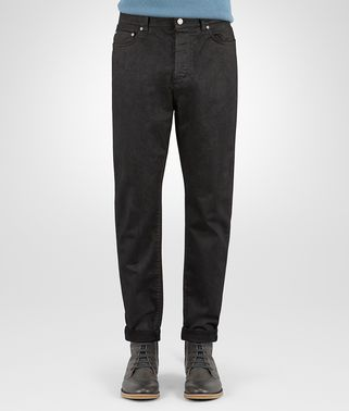 PANT IN NERO COTTON GABARDINE, LEATHER EFFECT WORKMANSHIP