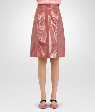 SKIRT IN DUSTY ROSE LAMBSKIN, INTRECCIATO DETAILS
