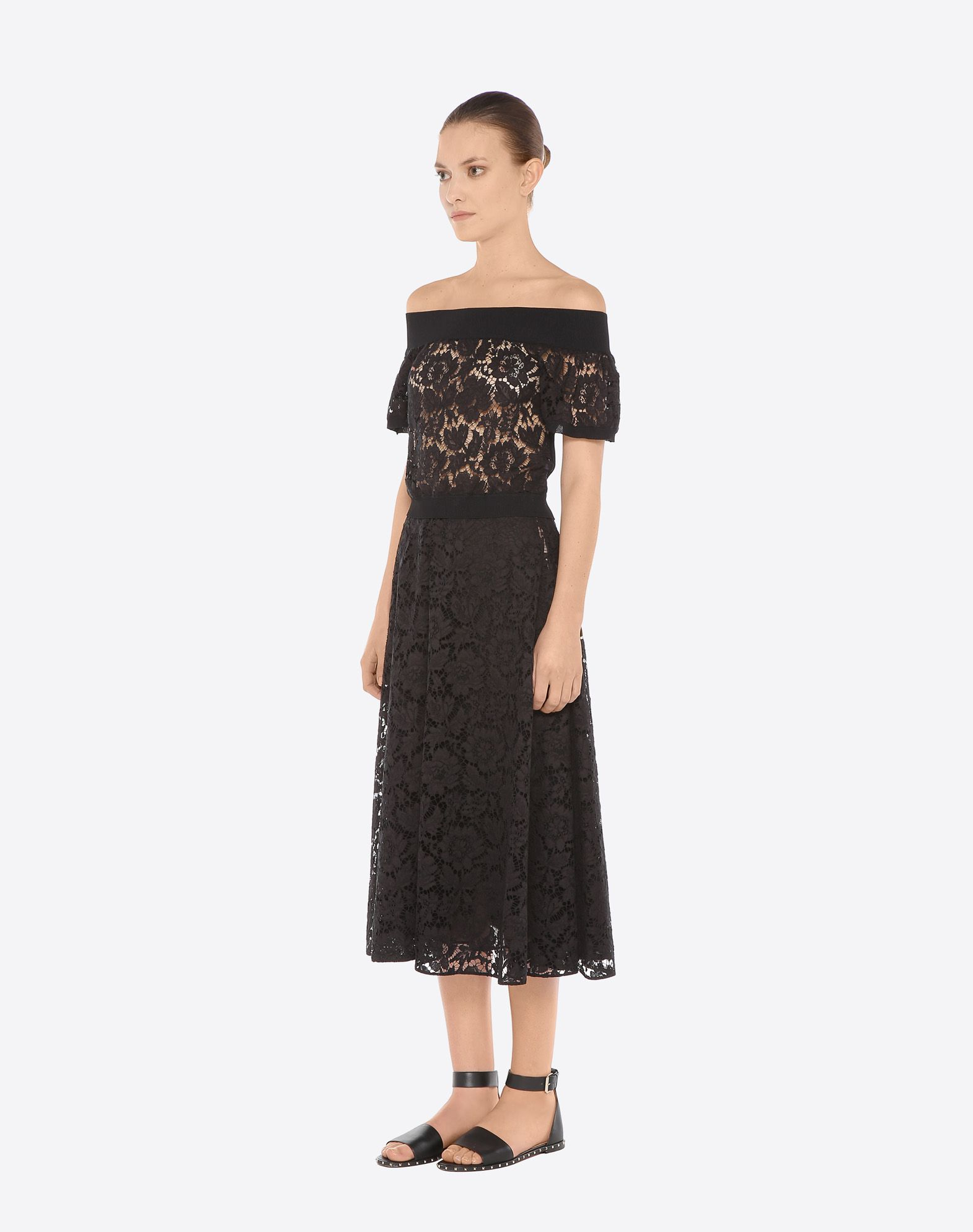 VALENTINO Full Heavy Lace Skirt Skirt D e