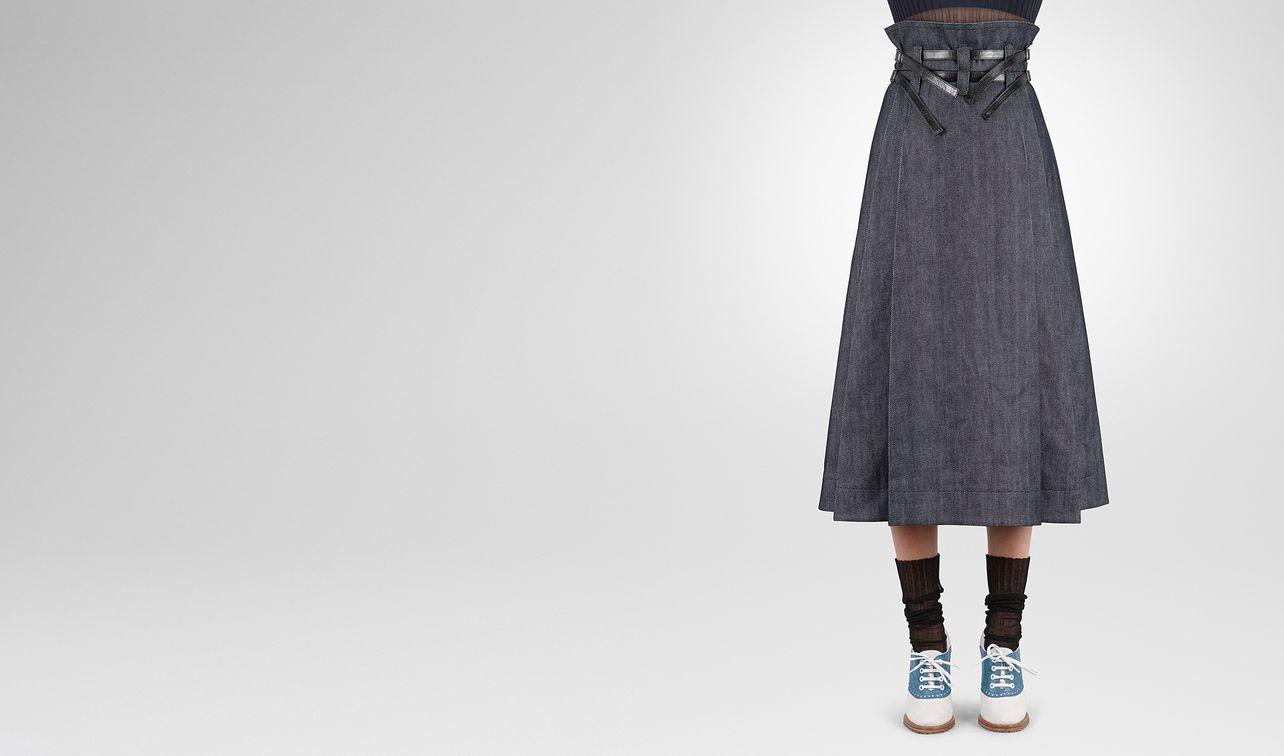 skirt in dark navy heavy drill denim nero calf, leather details landing