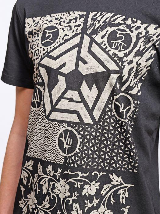 55DSL T-MANDALA T-Shirt U a