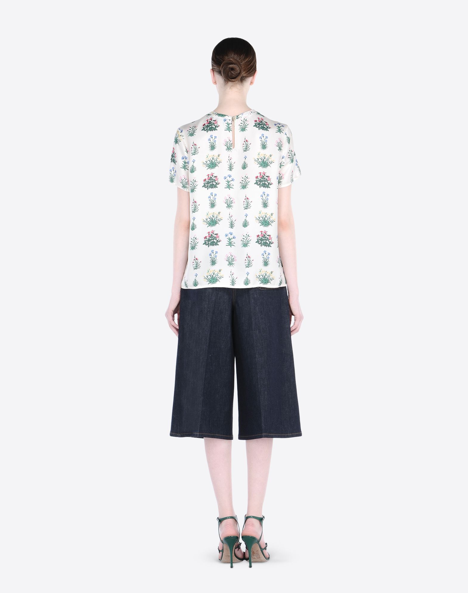 VALENTINO Twill Floral design 1 button Short sleeves  37713145xc