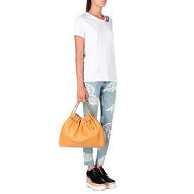 T-shirt blanc avec chaîne