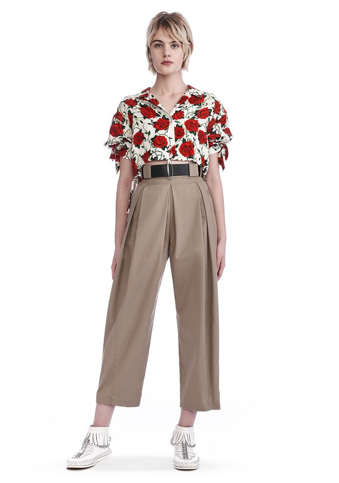 ALEXANDER WANG TOPS CROPPED ROSE PRINT BLOUSE WITH TIED SLEEVES