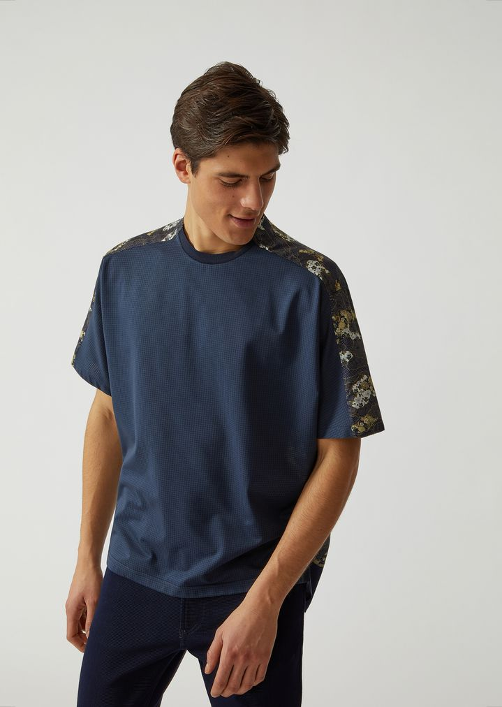 974f145207 T-SHIRT IN FABRIC AND SATIN WITH COLLECTION MOTIF | Man | Emporio Armani