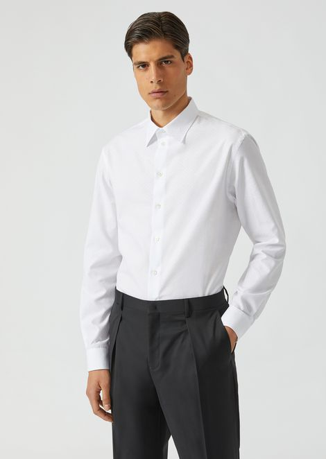 Modern fit shirt in cotton jacquard with a small collar