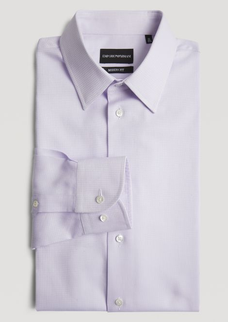 Modern fit shirt in striped fancy cotton