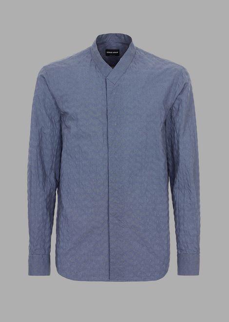 Regular fit shirt in seersucker chevron fabric