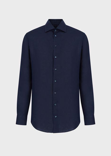 Camisa de corte regular en lino unido y cuello chino